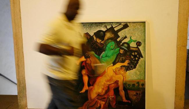 A obra A Curra, de Lênio Braga, exposta no Mosteiro de São Bento - Foto: Marco Aurélio Martins   Ag. A TARDE