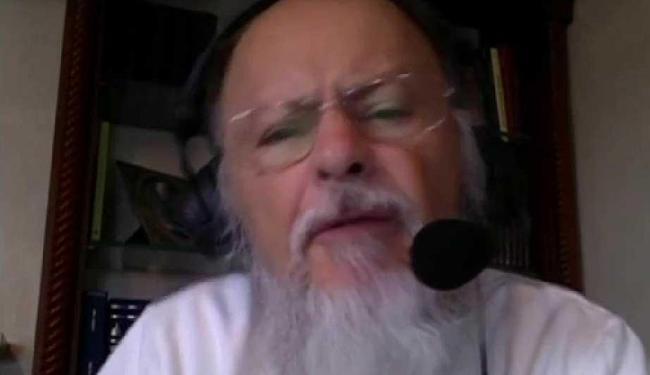 Bispo da Igreja Universal pede distanciamento da informação mundana - Foto: Reprodução