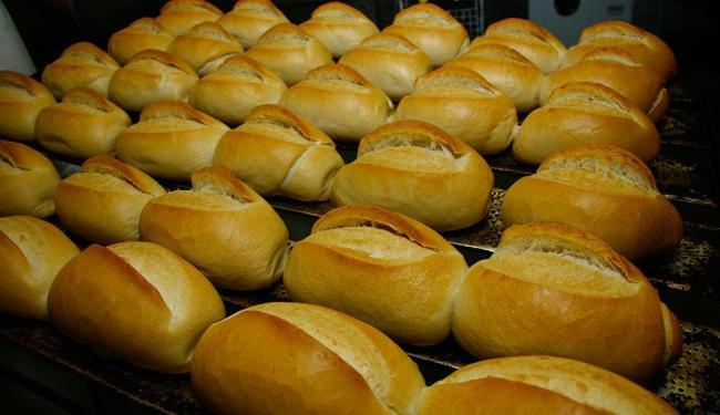 Redução dos estoques de farinha prejudicaram a produção de pão no país - Foto: Xando Pereira   Arquivo   Ag. A TARDE