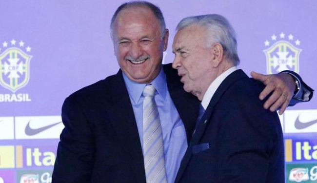 Felipão (à esq.) e Marín (à dir.).Técnico garantiu que não seguirá no comando da seleção após a Copa - Foto: Ag. Reuters