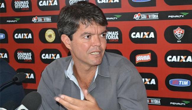 O executivo de futebol afirma que o clube continua procurando um novo treinador - Foto: Divulgação l E.C. Vitória
