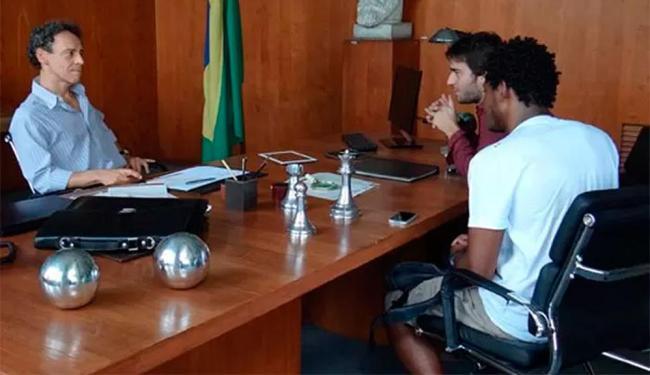 Reitor expulsa Davi e Matias da universidade - Foto: Reprodução | TV Globo