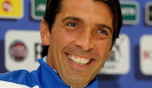 Buffon vai participar de sua quinta Copa seguida - Foto: Getty Images
