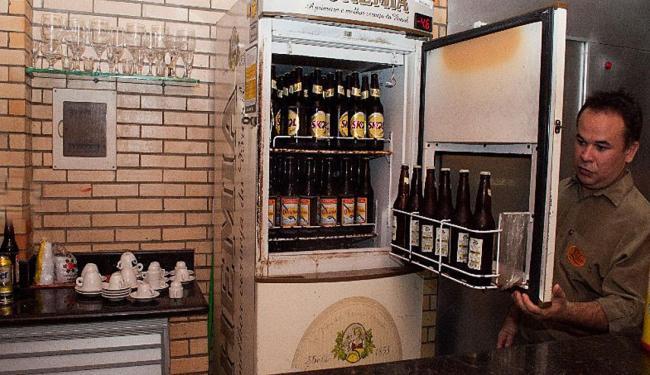 Geladeira do Líder é o segredo do bar para a cerveja