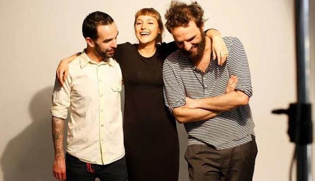 Casal e o guitarrista Fred vão formar a Banda do Mar - Foto: Reprodução | Facebook
