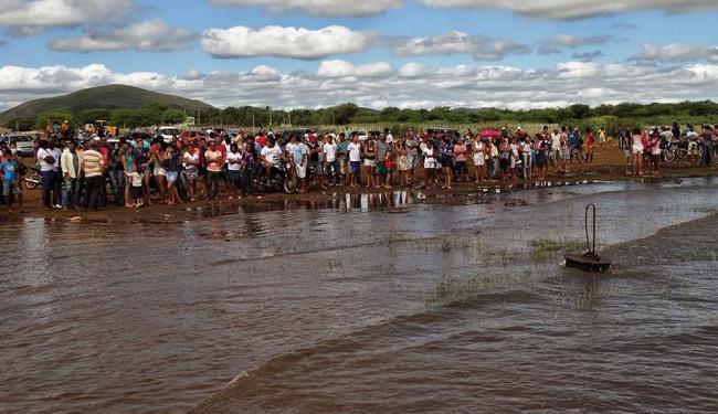 As equipes de resgates continuam no local e proximidades da Ilha de Andorinhas - Foto: Gabriel Filliph | sentosenoticias.com