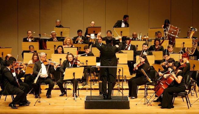 Apresentação terá regência do maestro Carlos Prazeres, atual curador artístico da orquestra - Foto: Eduardo Martins | Ag. A TARDE