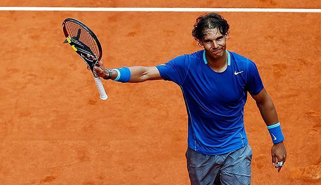 O tenista espanhol vence por 2 sets a 0, em 1h08min de partida - Foto: Susana Vera l Reuters