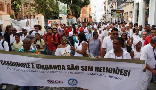 Representantes de religiões de matriz africana protestaram contra decisão do juiz no Pelourinho - Foto: Joá Souza | Ag. A TARDE