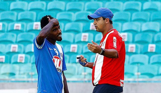 Com dores na lombar, Rhayner não participou do treinamento - Foto: Eduardo Martins | Ag. A TARDE