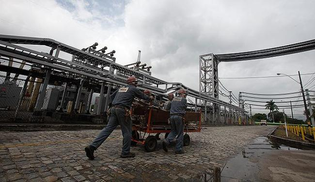 Subestação de energia da indústria química Dow, em Candeias, recebe energia produzida pela Chesf - Foto: Raul Spinassé l Ag. A TARDE