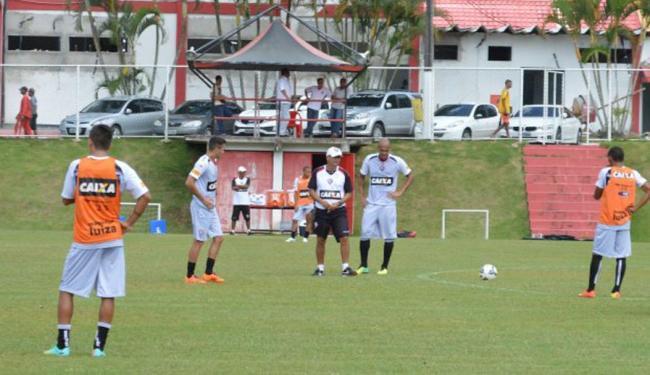 Time realizou treino com bola na Toca do Leão - Foto: Divulgação   ECVitória