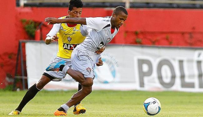 Atacante Willie treinou entre os titulares do Vitória - Foto: Eduardo Martins | Ag. A TARDE