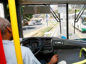 Projeto de lei estabelece que motoristas podem dirigir por 5h30 de forma contínua - Foto: Marco Aurélio Matins | Ag. A TARDE | 15.04.2013