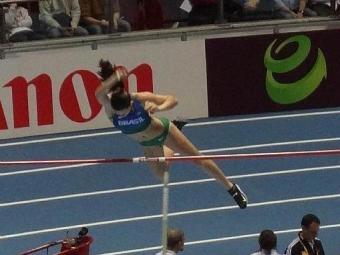 Sem competir há quase três meses, a brasileira alcançou 4,50m e terminou em sexto após desempate - Foto: Marcos Andrade l CBAt