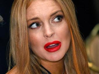 Mãe de Lindsay Lohan alegou que fugia dos paparazzi - Foto: Haraz N. Ghanbari   AP