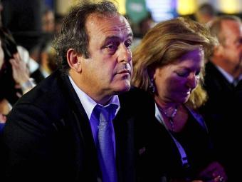 Platini disse que não se arrepende de ter votado no Catar para a Copa de 2022 - Foto: Eduardo Martins | Ag. A TARDE | 06.12.13