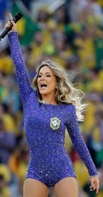 Body azul usado com Claudia foi avaliado em R$ 2,7 milhões - Foto: Felipe Dana | Agência AP