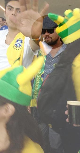 No destaque, ator na torcida do Brasil - Foto: Joelmir Tavares   Folhapress