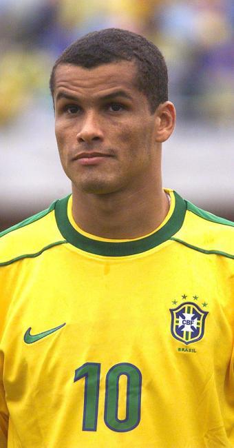 Rivaldo foi pentacampeão com a Seleção Brasileira na Copa do Mundo de 2002 - Foto: Paulo Pinto l Agência Estado