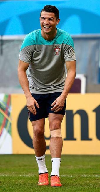 Apesar da proteção, jogador está 100% para enfrentar a Alemanha - Foto: Marcos Brindicci | Agência Reuters