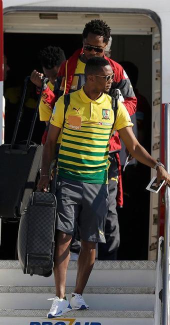 Camaronês Samuel Eto'o desembarca no Rio de Janeiro para a disputa da Copa do Mundo - Foto: Ricardo Moraes l Reuters