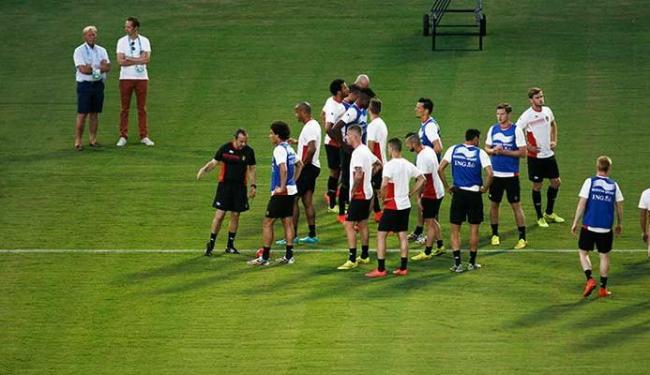 Belgas treinaram no Barradão na tarde desta segunda-feira - Foto: Raul Spinassé | Ag. A TARDE