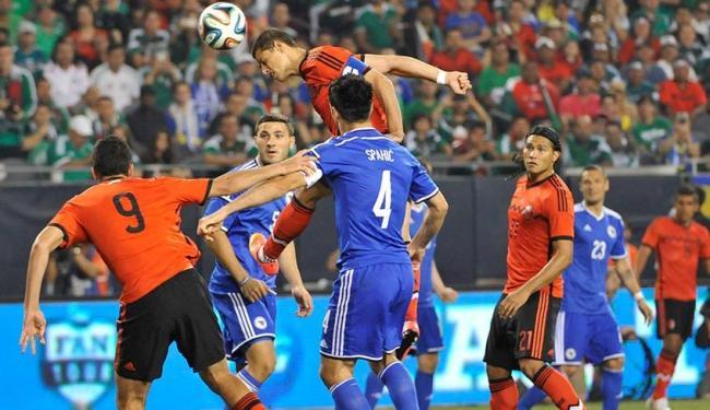 A derrota diante da Bósnia foi a primeira do treinador Miguel Herrera - Foto: Agência Reuters