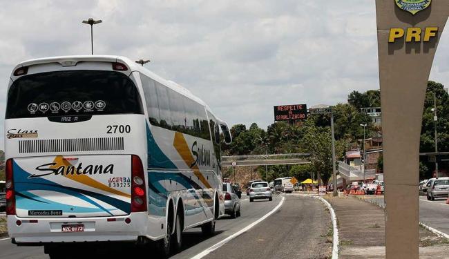 BR-324 já apresenta trânsito intenso - Foto: Mila Cordeiro | Ag. A TARDE