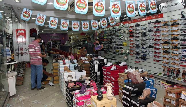 O setor de calçados é um dos que mais fatura na Liquida - Foto: CDL Feira de Santana | Divulgação