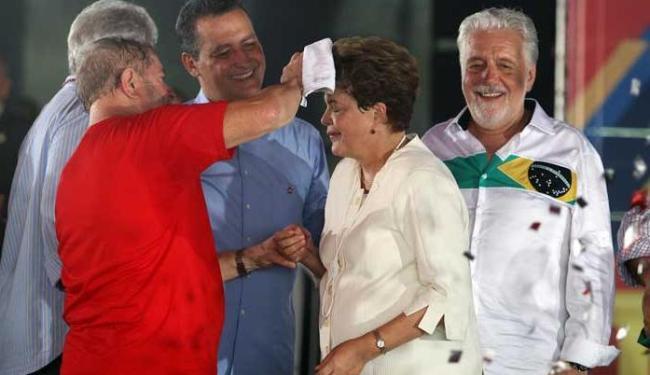 Cúpula do PT discursa no palaque da convenção do partido em Salvador - Foto: Lúcio Távora | Ag. A TARDE