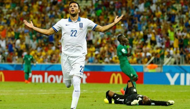 Samaris abriu o marcador e deu início à vitória suada da Grécia - Foto: | Ag. A TARDE