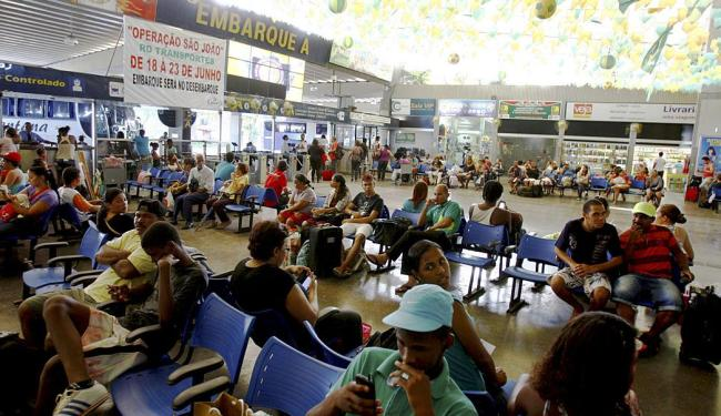 Muitos passageiros já anteciparam a viagem por conta dos feriados deste mês - Foto: Fernando Vivas   Ag. A TARDE