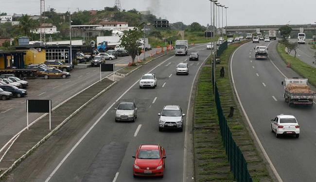 BR-324 deve voltar a ter trânsito intenso na terça-feira, dia 24 - Foto: Luciano da Matta   Ag. A TARDE
