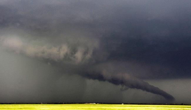 Pessoas percebem os furacões femininos como menos ameaçadores do que os outros - Foto: Agência Reuters