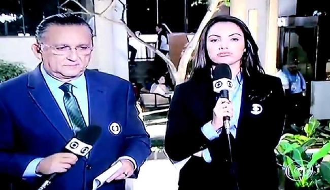 Ao lado de Galvão Bueno, apresentadora parece cansada no JN - Foto: Reprodução