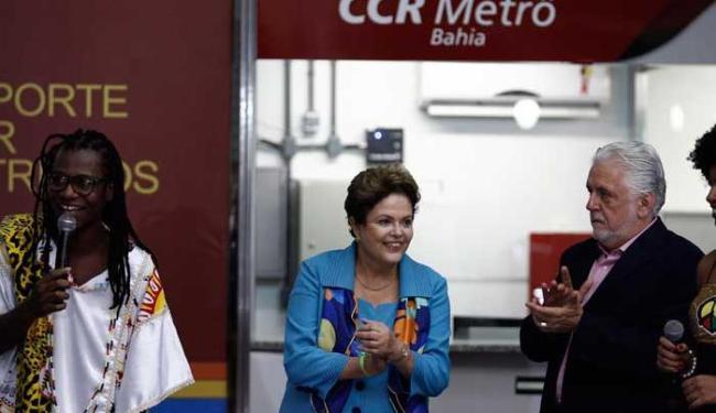 Metrô foi inaugurado após 14 anos - Foto: Raul Spinassé | Ag. A TARDE