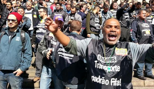 Os líderes dos metroviários negam que a estratégia da categoria inclua a ameaça à abertura da Copa - Foto: Tiago Queiroz | Agência Estado