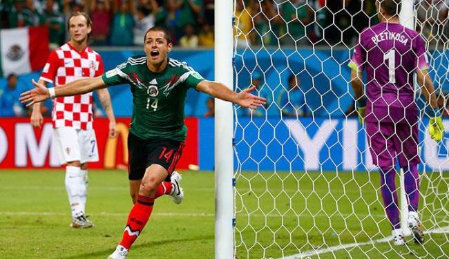 Hernandez celebra o segundo gol do México contra a Croácia - Foto: Paul Hanna | Agência Reuters