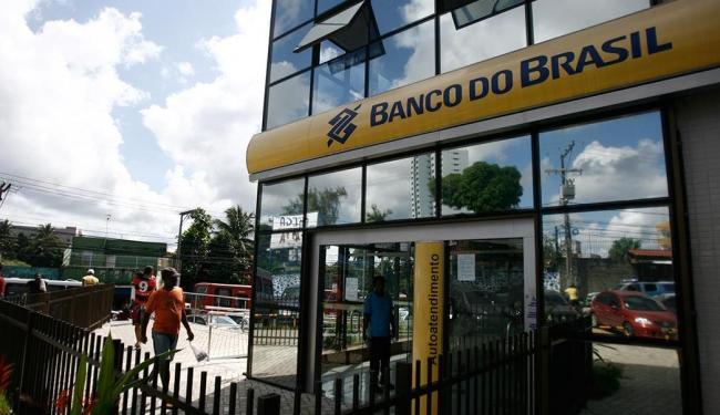 Agência do BB fica localizada na rua Silveira Martins - Foto: Raul Spinassé | Ag. A TARDE