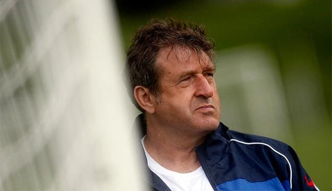 A seleção do técnico Safet Susic goleou o time sub-20 da Vila por 5 a 1 - Foto: Dado Ruvic l Reuters