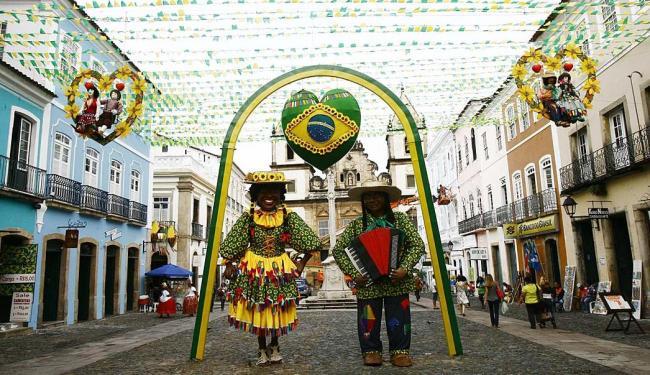 Ruas do Centro Histórico já estão decoradas para a festa - Foto: Margarida Neide | Ag. A TARDE