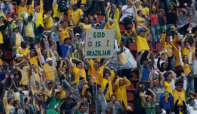 Apesar das vaias, o público do Morumbi apoiou a Seleção e vibrou em alguns lances - Foto: Nacho Doce l Reuters
