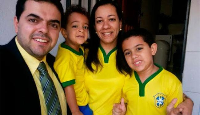 Em família! Keo, Bernardo, Isa e Daniel em Itabuna - Foto: Cidadão Repórter