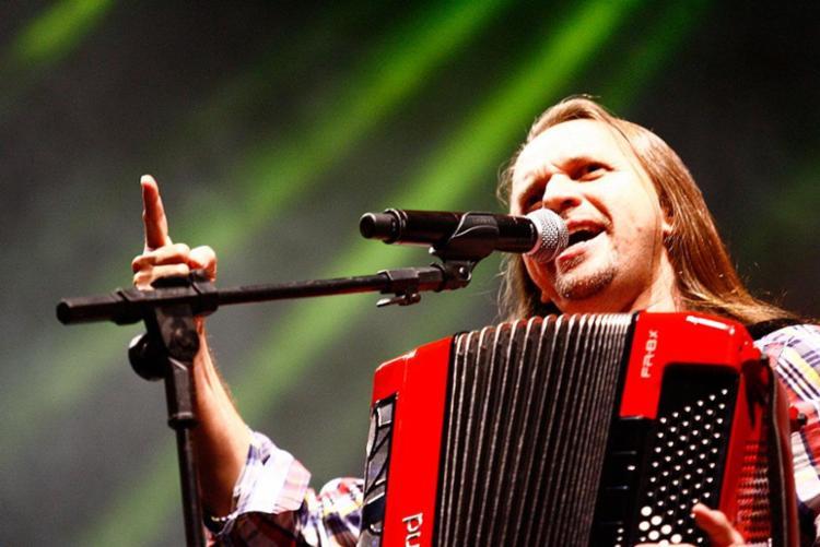 Cantor se apresenta no dia 1º de maio, na Concha Acústica do TCA - Foto: Margarida Neide | Ag. A TARDE