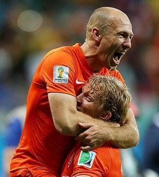 Holanda sofre contra Costa Rica, mas ganha nos pênaltis e pega a Argentina - Foto: Raul Spinassé | Ag. A TARDE