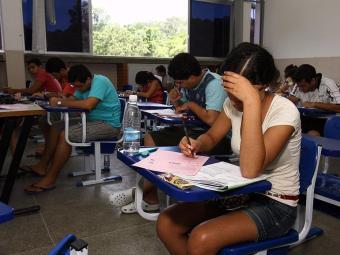 O SISU faz a seleção dos inscritos de acordo com o desempenho que obtiveram no Enem 2013 - Foto: Joá Souza | Ag. A TARDE