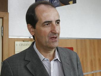 Sérgio Pitt diz que a região oeste precisa do aeroporto - Foto: Erik Salles | Ag. A TARDE | 21.3.2011