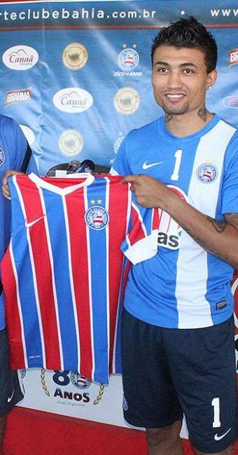 Atacante é apresentado no Bahia como o novo dono da camisa 9 - Foto: Divulgação l E.C. Bahia