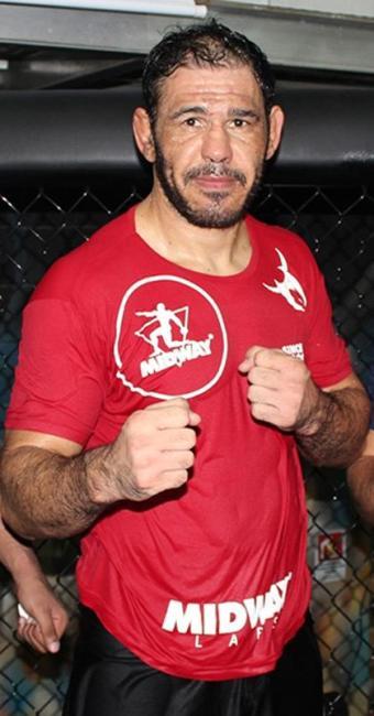 Após quase 18 meses afastado por lesão, baiano volta ao octógono do UFC neste sábado - Foto: Divulgação l Team Nogueira